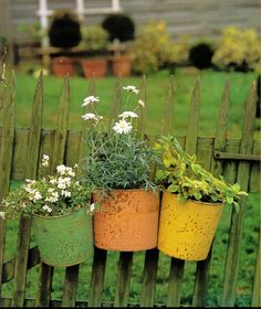 painted pails.. perfect