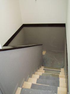 Peinture de la cage d\'escalier en deux tons. | escalier ...