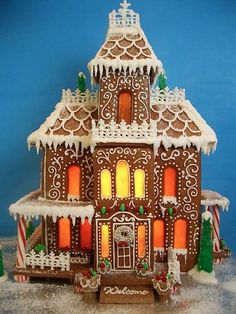 Best Gingerbread Houses of 2013--By Goodies By Anna