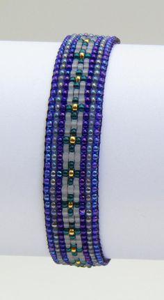bead loom patterns for beginners Bead Crochet Patterns, Bead Embroidery Patterns, Beaded Embroidery, Beading Patterns, Beading Ideas, Color Patterns, Painting Patterns, Loom Bracelet Patterns, Bead Loom Bracelets