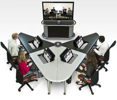 Collaborative Office and Classroom Furniture Improve Learning Team Work