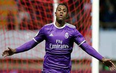 Mariano Díaz anota un gol en triunfo del Real Madrid