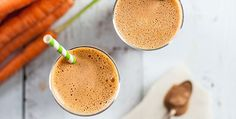 Reminiscent of a candy bar, this chocolate peanut butter smoothie is much healthier than the chocolate peanut butter candy bar it reminds us of.