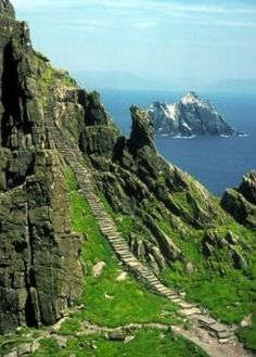 """Stairway to Heaven, Ireland--figures THIS is the location of the """"stairway to heaven"""""""