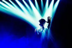 """いいね!2,077件、コメント21件 ― 浜野カズシさん(@hamanokazushi)のInstagramアカウント: 「ONE OK ROCK """"Ambitions""""JAPAN TOUR 4月20日横浜アリーナ photo by 浜野カズシ(@hamanokazushi) #oneokrock」"""