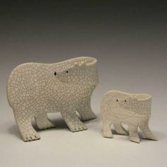 Objective: Design a Flat rolled polar Bear (or Black Bear Or Grizzly! Pottery Animals, Ceramic Animals, Clay Animals, Clay Design, Ceramic Design, Ceramic Art, Raku Pottery, Slab Pottery, Pottery Art