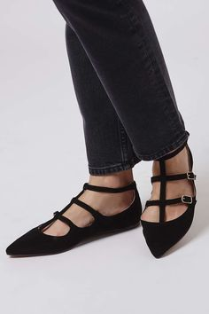 FREYA Three Strap Pointed Shoes