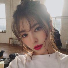 Kissable Asian 20