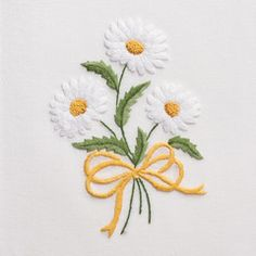 DaisiesHand Towel - White Cotton 1 In Stock – Henry Handwork Embroidery Flowers Pattern, Creative Embroidery, Hand Embroidery Patterns, Embroidery Applique, Cross Stitch Embroidery, Machine Embroidery, Bordado Floral, Embroidered Towels, Needlework