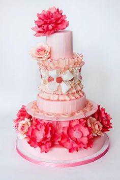 www.whimsicalweddingcakes.com Madley in Love Photography