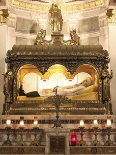 San Juan María Vianney - El Perú necesita de Fátima