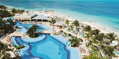 There's plenty of ways to take in the vacation vibes at Hotel Riu Caribe, Cancún in Mexico! Apple Vacations click image to find a travel advisor near you Riu Caribe Cancun, Trip Advisor, Travel Advisor, Apple Vacations, Cancun Mexico, Travel Agency, Chelsea, Mansions, House Styles