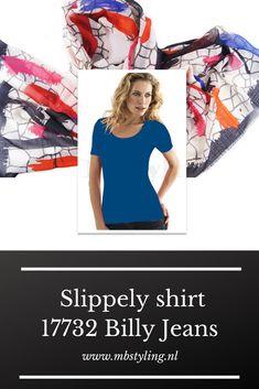 Dit blauwe Slippely viscose shirt met korte mouwen is gemaakt van 93% viscose en 7% elastan.  Het viscose Slippely shirt Strong Blue hoef je na het wassen enkel op te hangen en kan zonder te strijken weer heerlijk gedragen worden. Dit Slippely shirt is ideaal te dragen als basis shirt onder een vest of jasje.  #shirt #slippely #slippelyshirt #onlineslippelyshirt #slippelyshirtonline #mbstyling #shawl #shawls #sjaal #sjaals #silkrouteshawl Grunge Fashion, Denim Fashion, Fashion Models, Black Top And Jeans, Grey Jeans, Emma Watson Daily, Jessica Alba Casual, Billy Jean, Gwen Stefani Style