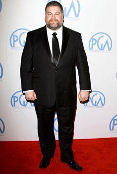 Director Dean DeBlois shows how a XXXL man wears a modern tux with style. Mens Plus Size Fashion, Tall Men Fashion, Look Fashion, Big Man Suits, Mens Suits, Xl Models, Rugby Men, Plus Size Men, Bear Men