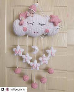 Crochet Baby Mobiles, Crochet Mobile, Crochet Baby Toys, Crochet Gifts, Crochet Home, Crochet Lovey Free Pattern, Crochet Dolls Free Patterns, Crochet Designs, Crochet Wreath