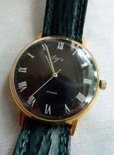 LUCH USSR / CCCP wristwatch - fantastic vintage condition - collector piece