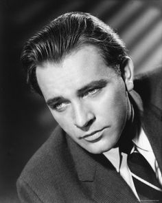 Richard Burton was a Welsh stage and film actor noted for his smooth, flowing baritone voice and his great acting talent. ~~ Born: November 10, 1925, Pontrhydyfen, United Kingdom ~~ Died: August 5, 1984, Céligny, Switzerland