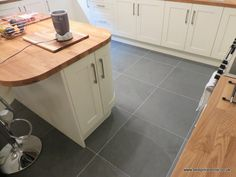 Brazilian Grey Green slate floor tiles in 600x600x10mm