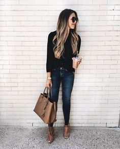 Fall fashion, teen back to school, jeans outfit, classic fall outfits, cooler weather, cute fall outfit ideas, fall fashion, winter fashion style, fall break fashion ideas,