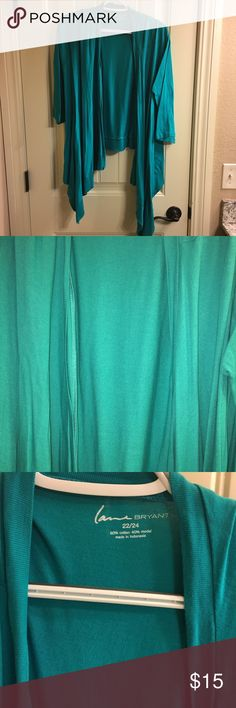 Turquoise open front cardigan Lane Bryant cardigan. Cropped in the back, draped and flowy in the front. Great for layering! Only worn once or twice. Perfect condition! 22/24 Lane Bryant Sweaters Cardigans