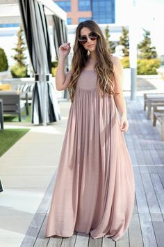 Awesome boho dresses are offered on our website. Check it out and you will not be sorry you did. Trendy Dresses, Casual Dresses, Fashion Dresses, Girls Dresses, Long Dress Design, Stylish Dress Designs, Indian Designer Outfits, Designer Dresses, Hijab Evening Dress