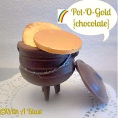 All chocolate ! {Full tutorial}  #StPatricksDay #PotOGold #Chocolate