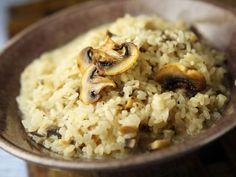 Herkkusienirisotto - Reseptit Risotto, Nom Nom, Grains, Healthy Recipes, Treats, Ethnic Recipes, Koti, September, Kitchen