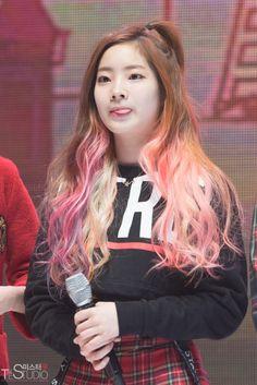Dahyun's hair