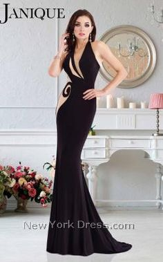 Look exceptionally sophisticated in Janique This long gown features a V-neckline with nude cutout details, making this dress remarkable. The form-fitting shape will give you a seriously sexy curvy look. Prom Dresses 2016, Prom Dresses Online, Ball Dresses, Cheap Dresses, Party Dresses, Designer Evening Dresses, Designer Gowns, Evening Gowns, Top Dress Designers