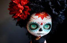Dia de los Muertos Calavera Blythe.  This artist is brilliant.  That is all.