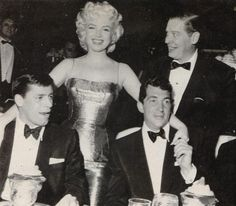 Marilyn Monroe - March 11 1955 - with Milton Berle, Jerry Lewis and Dean Martin - at the Friars Club Testimonial Dinner in The Monastery, NYC Golden Age Of Hollywood, Vintage Hollywood, Hollywood Glamour, Classic Hollywood, Dean Martin, Marilyn Monroe, Jerry Lewis, Tony Curtis, Lauren Bacall