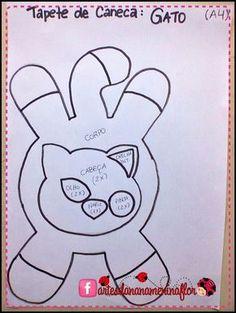 Porta copo de bichinhos com moldes Animal Sewing Patterns, Mug Rug Patterns, Felt Patterns, Stuffed Toys Patterns, Felt Crafts, Fabric Crafts, Sewing Crafts, Sewing Projects, Cat Quilt