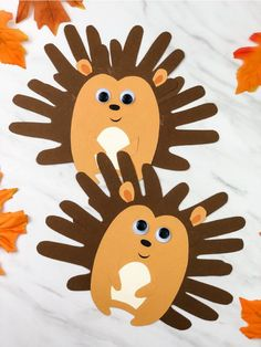 Cute Handprint Hedgehog Craft For Kids This hedgehog craft is a fun fall handprint craft for toddlers, pre k or kindergarten children. It's a cute craft Mom will love to get! Fall Crafts For Toddlers, Animal Crafts For Kids, Winter Crafts For Kids, Autumn Crafts, Forest Animal Crafts, Forest Crafts, Daycare Crafts, Preschool Crafts, Kids Crafts