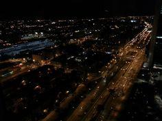 Paseo de la castellana visto desde 160 m de altura en el Rtte #Espacio33 Con estas vistas da gusto cenar