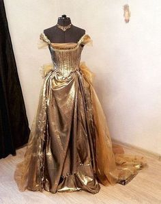 Cinderellas ballgown from into the woods cosplay