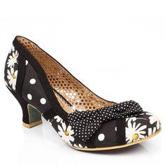 Shake It Schuhe von Irregular Choice. Die wären ganz nach Päivis Geschmack. (Love on Air - Verliebt in London)