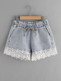 SheIn offers Contrast Lace Hem Drawstring Denim Shorts & more to fit your fashionable needs. Outfits Casual, Short Outfits, Summer Outfits, Short Dresses, Girl Outfits, Cute Outfits, Fashion Outfits, Fashion Weeks, Emo Fashion