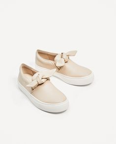 ZARA - WOMAN - SNEAKERS WITH BOW
