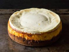 Ooh, Biscoff crust, now that's got my attention! Meyer Lemon Cheesecake with Biscoff Crust Basic Cheesecake, Lemon Cheesecake, Cheesecake Recipes, Dessert Recipes, Biscoff Cheesecake, Biscoff Cookies, Cheesecakes, Crust Recipe, Food 52