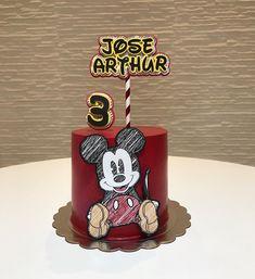 Mickey Mouse Vintage, Fiesta Mickey Mouse, Mickey Mouse 1st Birthday, Mickey Mouse Parties, Mickey Party, Bolo Mickey E Minnie, Pastel Mickey, 7th Birthday Cakes, Dummy Cake