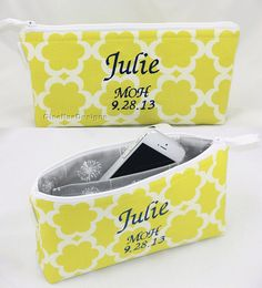 This lovely Maid of Honor Gift can be used as a clutch, bag or bag organizer and can be made with any fabric of your choice. Your maid of honor will love this personalized gift made just for…More