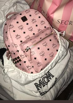 These bags cost but its worth it 🤷🏾♀️ Luxury Bags, Luxury Handbags, Handbags On Sale, Purses And Handbags, Gucci, Fashion Bags, Fashion Backpack, Fashion Women, Mcm Bags