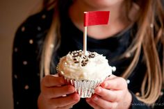 Chocolate Cupcakes with Toasted Marshmallow Frosting Recipe