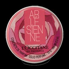 All the delicacy of the Arlésienne is captured in a solid perfume, perfect for fragrant touch-ups throughout the day.  The elegant and gracious woman