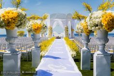 A white and sunny yellow wedding ~ http://www.weddingstylemagazine.com/planning-gallery?nid=64&item=66#10