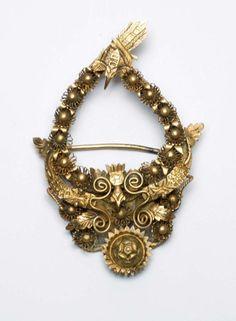 Indonesia ~ Java | Brooch; gilt silver | ca. 1916 or earlier