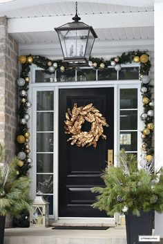 Christmas decorated front porch with gold magnolia wreath and garland with silver and gold ornaments. Christmas decorated front porch with gold magnolia wreath and garland with silver and gold ornaments. Target Christmas Decor, Shabby Chic Christmas Decorations, Christmas Swags, Elegant Christmas, Christmas Ideas, Modern Christmas, Christmas Inspiration, Farmhouse Christmas Tree Skirts, Cottage Christmas
