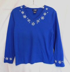 CB Casual PM Blue Sweater Embroider White Snowflakes V Neck Cotton Blend #CBCasuals #KnitTop #Career