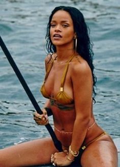 Rihanna nue : les plus belles photos de Rihanna nue - Elle