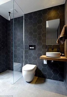 49 Simply Black And White Tile Bathroom Decor Ideas - Design Bathroom Design Small, Bathroom Colors, Modern Bathroom, Bathroom Ideas, Masculine Bathroom, Bathroom Niche, Bathroom Grey, Attic Bathroom, Bathroom Hardware
